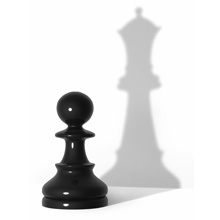 wooden-chess-pieces